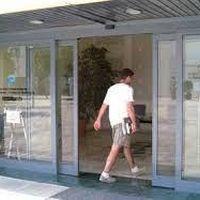 Automatização de porta de vidro